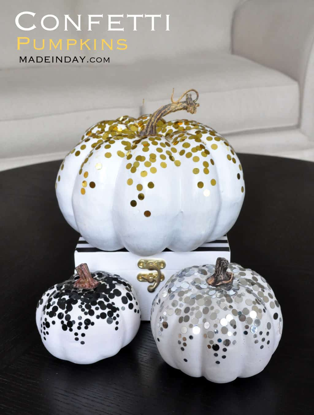 Glam Confetti Pumpkins - Looking for original no carve DIY pumpkin decorating ideas? Use them for Halloween & Thanksgiving for an amazing fall decor. Home DIY for Fall holidays